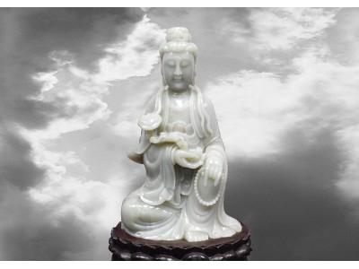 和闐白玉浮雕如意觀音