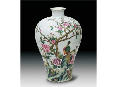 景物花枝圖案梅瓶